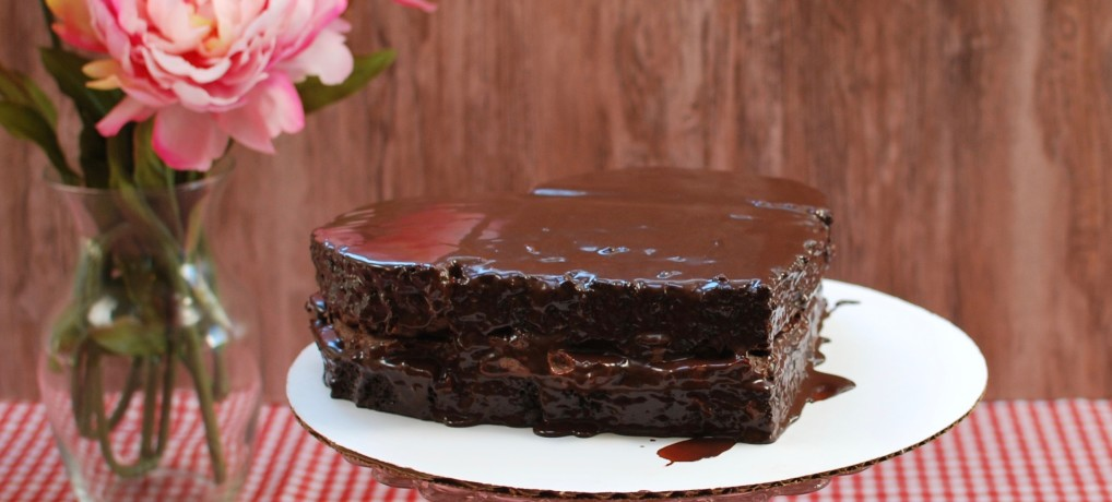No one Will Know it's Paleo Chocolate Cake